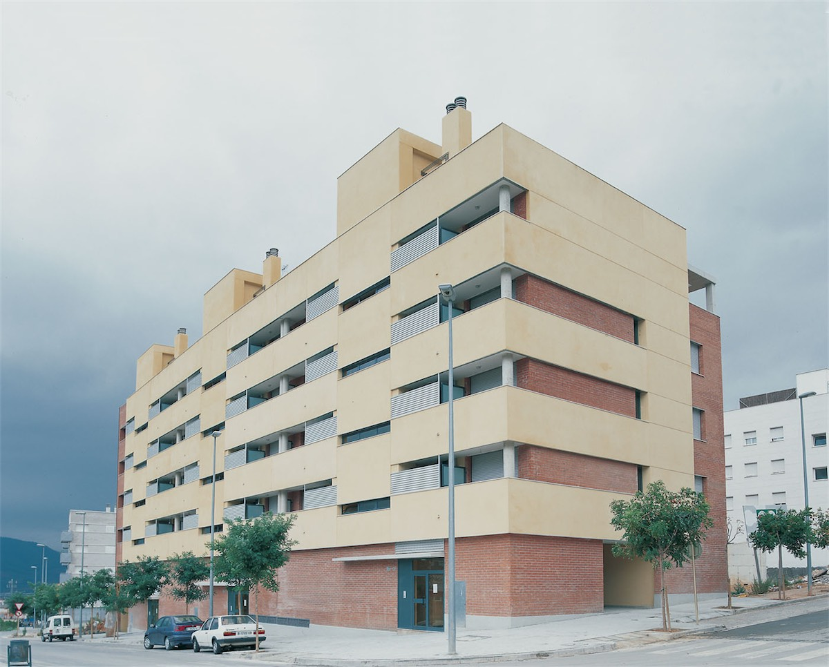 25 Dwellings in Barcelona